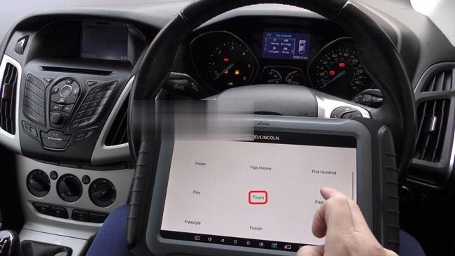 How-to-use-XTOOL-X100-Pad3-to-correct-or-adjust-the-mileage-of-Ford-cars-7 (2)